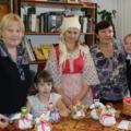Изготовление народной куклы с методистом ОДНТ Алексейцевой А. А.